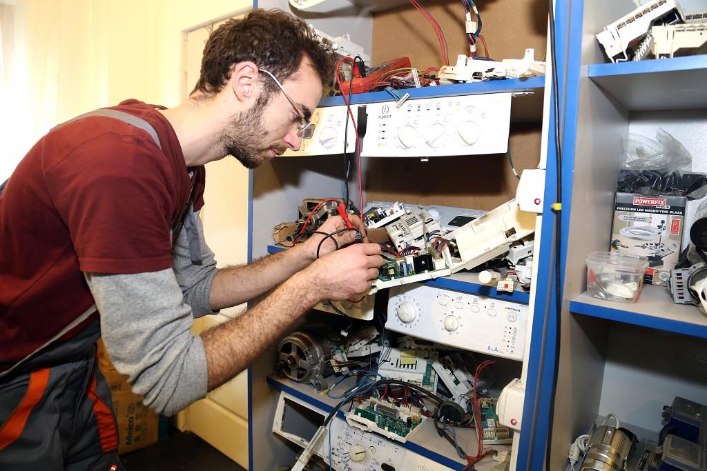 reparatii masini de spalat vase